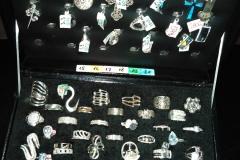 srebrni-nakit-prstenje-ogrlice-narukvice-povoljno-extra-pravosrebro-kvalitet-mindjuse-nausnice-poklon-vredan-dragocenost-najbolji-topnakit-mojabaza3