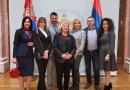 Klub prvih dama u poseti Skupštini Srbije